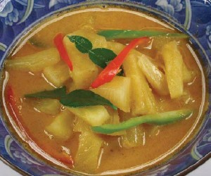 Pineapple curry with pork
