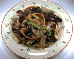 Mixed mushrooms with oyster sauce