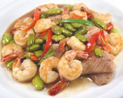 Pork and shrimp with fava beans