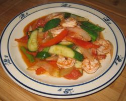 Sweet and sour vegetables and shrimp