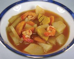 Sour vegetables and shrimp soup