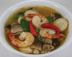 Shrimp in sour and spicy broth